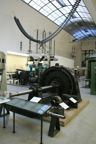 "Deutsches Museum Electricity • <a style=""font-size:0.8em;"" href=""http://www.flickr.com/photos/160223425@N04/38026245045/"" target=""_blank"">View on Flickr</a>"