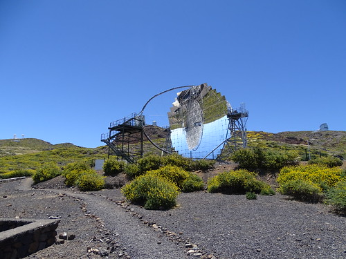 "La Palma Telescop • <a style=""font-size:0.8em;"" href=""http://www.flickr.com/photos/160223425@N04/37968160985/"" target=""_blank"">View on Flickr</a>"