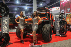 Ladies of SEMA (20 of 44)