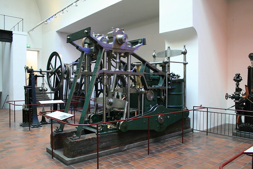 "Deutsches Museum München Steam Engine • <a style=""font-size:0.8em;"" href=""http://www.flickr.com/photos/160223425@N04/38195126064/"" target=""_blank"">View on Flickr</a>"