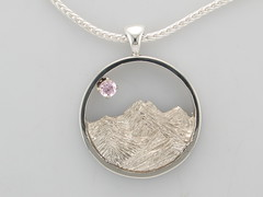 Cont silver & 14ktwg Rockies pend w 0.32ct Lilac Sapphire