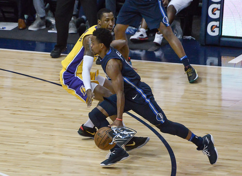 """Los Angeles Lakers vs Dallas Mavericks • <a style=""""font-size:0.8em;"""" href=""""http://www.flickr.com/photos/10266314@N06/24840798687/"""" target=""""_blank"""">View on Flickr</a>"""