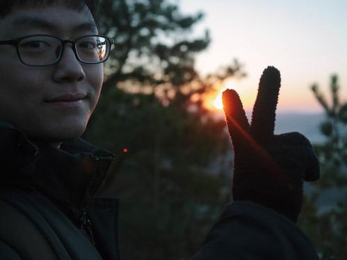 Climbing Geom-moo mountain for sunrise_MDY_180101_53