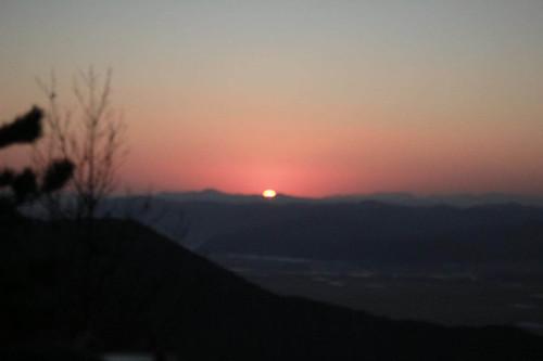 Climbing Geom-moo mountain for sunrise_MDY_180101_63