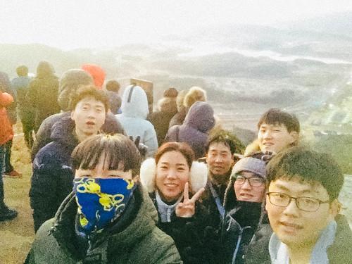 Climbing Geom-moo mountain for sunrise_MDY_180101_25
