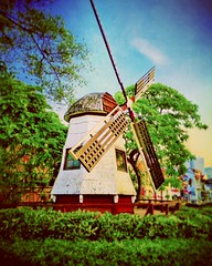 https://www.google.com/maps/place/Windmill+Dutch+Square+Melaka/@2.1944876,102.2465714,17z/data=!3m1!4b1!4m5!3m4!1s0x0:0x564481a2e0e143f5!8m2!3d2.1944876!4d102.2487601?hl=en #travel #holiday #Asian #Malaysia #melaka #holidayMalaysia #travelMalaysia #旅行 #度假