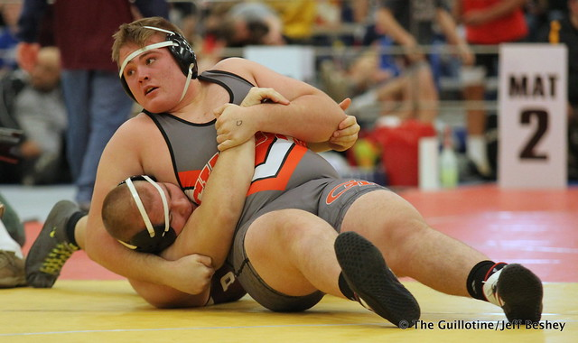 285 Semifinal - Keaton Kluever (Kaukauna) 12-1 won by major decision over Brandon Frankfurth (Anoka) 13-1 (MD 13-5) - 171216BJF0523