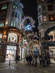 London in the pre-Christmas Time