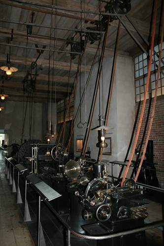 """Deutsches Museum Transmission Maschine • <a style=""""font-size:0.8em;"""" href=""""http://www.flickr.com/photos/160223425@N04/38199381664/"""" target=""""_blank"""">View on Flickr</a>"""