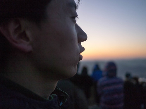 Climbing Geom-moo mountain for sunrise_MDY_180101_19