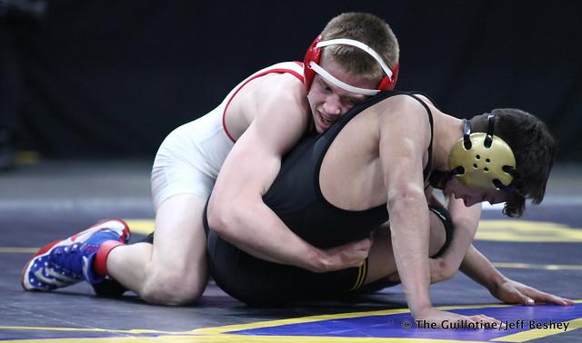 1st Place Match - Clay Carlson (Willmar) 48-0 won by decision over Sebas Swiggum (Apple Valley) 44-8 (Dec 10-4). 180303CJF0233