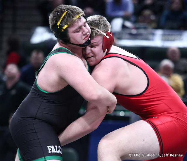 3rd Place Match - Dillon McEachran (Faribault) 38-6 won by decision over Bryce Benhart (Lakeville North) 42-7 (Dec 3-2). 180303BJF0416