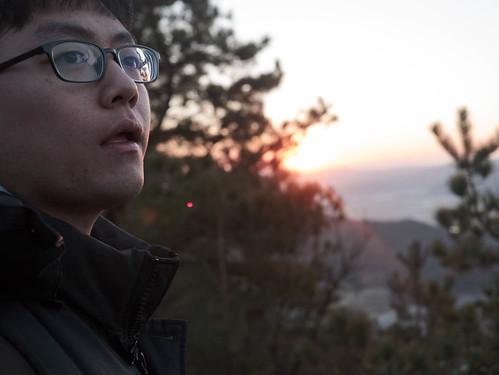 Climbing Geom-moo mountain for sunrise_MDY_180101_55