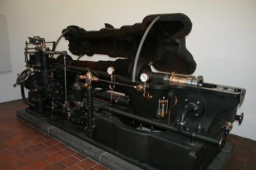"Deutsches Museum München Steam Engine • <a style=""font-size:0.8em;"" href=""http://www.flickr.com/photos/160223425@N04/38910366191/"" target=""_blank"">View on Flickr</a>"