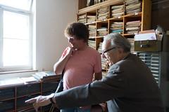 Simon Stelling (r) in gesprek met Paul Steinmeyer (l)