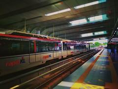 RapidKL Putra Heights (PH21/KJ37) LRT Station - http://4sq.com/xwqj1I #travel #holiday #railway #train #Asian #Malaysia #Selangor #puchong #travelMalaysia #holidayMalaysia #旅行 #度假 #火车站 #亚洲 #马来西亚 #雪兰莪 #马来西亚旅行 #马来西亚度假 #keretapi