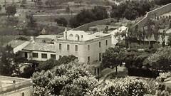 Can Peitx. Enderrocada el 2017. Aquesta és una de les poques fotos que hi ha de la casa de la riera de #Tiana i que ens ha cedit la baronia d'Esponellà. #patrimoni #Historia #Urbanisme