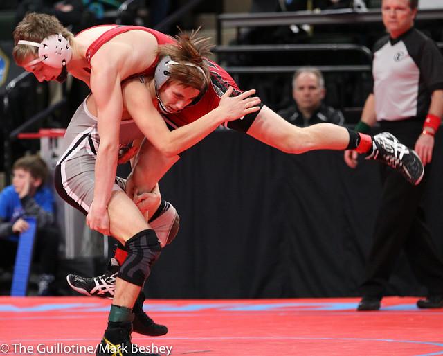 Quarterfinal - Justin Stauffacher (Scott West) 42-12 won by decision over Jake Andres (Pierz) 41-5 (Dec 4-3) - 180302amk0003