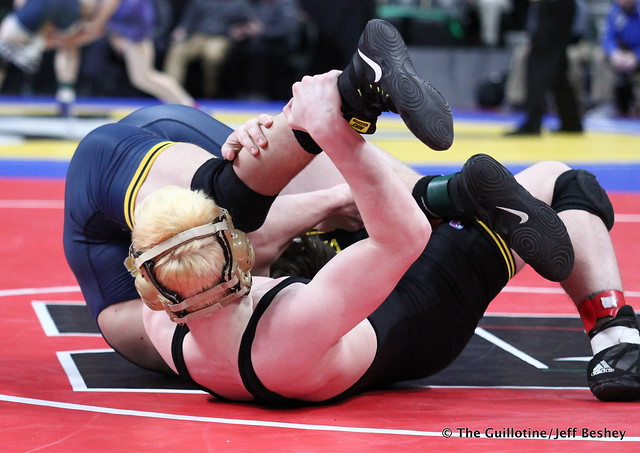 Semifinal - Brady Gross (Apple Valley) 43-8 won by fall over Curtis Lemair (Prior Lake) 39-4 (Fall 4:20). 180303AJF0291