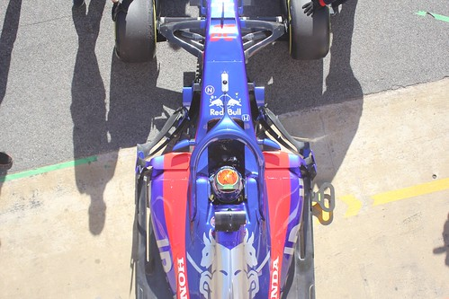 Brendon Hartley pits in Formula One Winter Testing