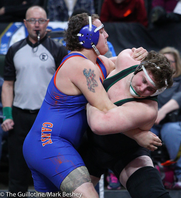 285A Semifinal - Tanner Tappe (Frazee) 28-6 won by decision over Josh Hansen (Canby) 44-8 (Dec 9-4) - 180303amk0104