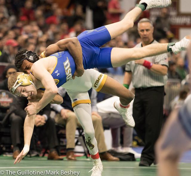 133 Quarterfinal - Seth Gross (South Dakota State) 27-1 won by decision over Montorie Bridges (Wyoming) 34-5 (Dec 7-3) - 180316amk0012