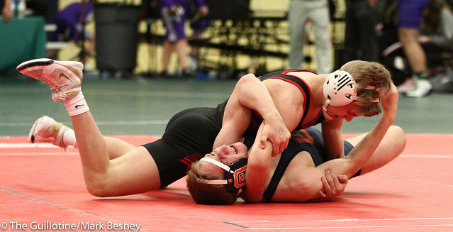 113 - Jake Rundell (Oak Park River Forest) over Paxton Creese (Shakopee) Dec 11-6 - 180105emk0016