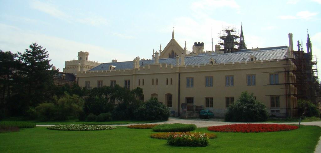Castillo de Lednice-Chequia 02
