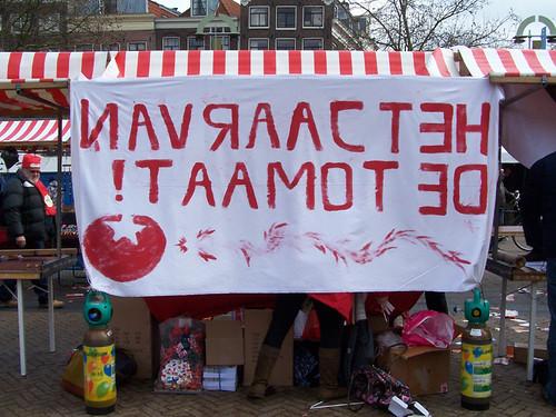 De SP verbergt zwakke argumenten achter slogans en acties