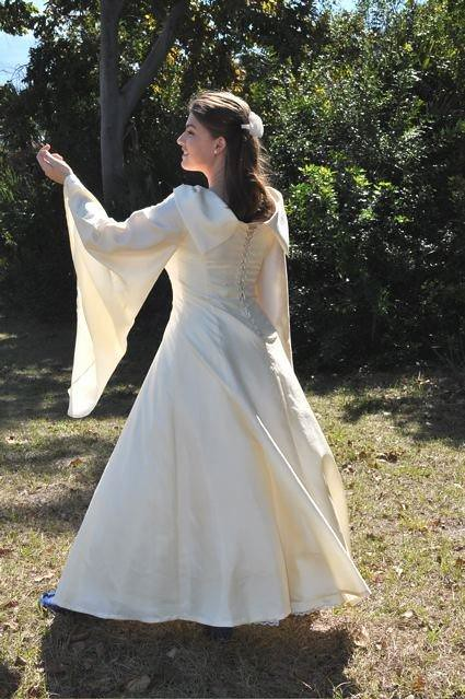Medeival LOTR Wedding Gown