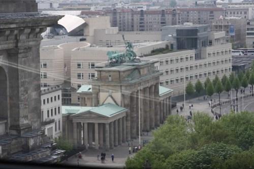 Puerta de Brandeburgo desde Reichstag. Berlin