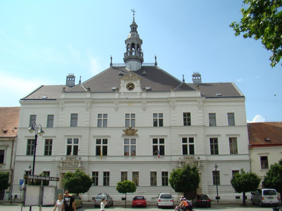 Ayuntamiento de Valtice Chequia 02