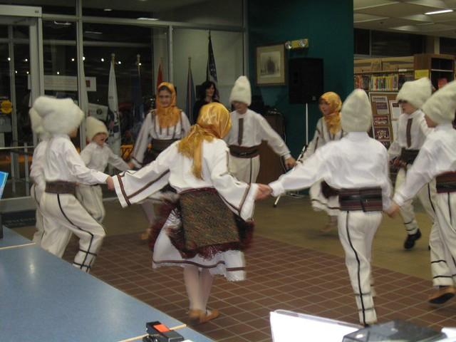 KOLO Folklore group (Serbian Dance)