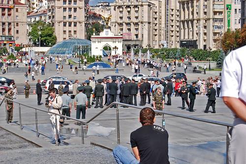 Political meeting in the Independence Square - CC Roser Martínez