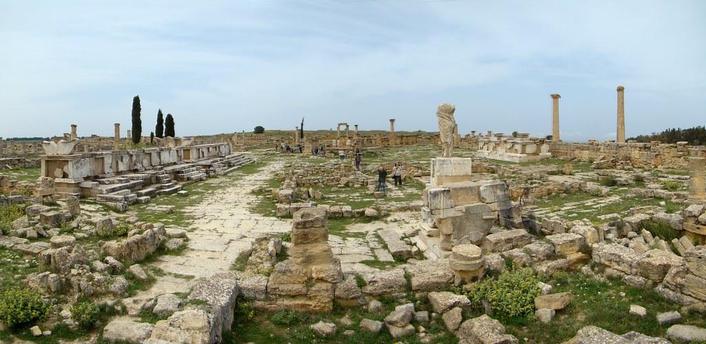 Libia Monumento a la victoria Naval Agora de Cirene 03