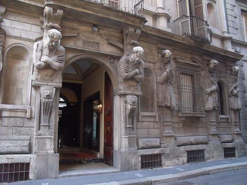 20091112 Milano 10 Via degli Omenoni 02 Casa degli Omenoni 05
