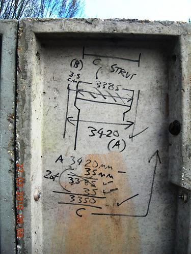 modular garage panels alignment and measurement DSCN1967
