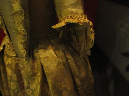 Museum of London: 1760 Chinese silk-damask Dress