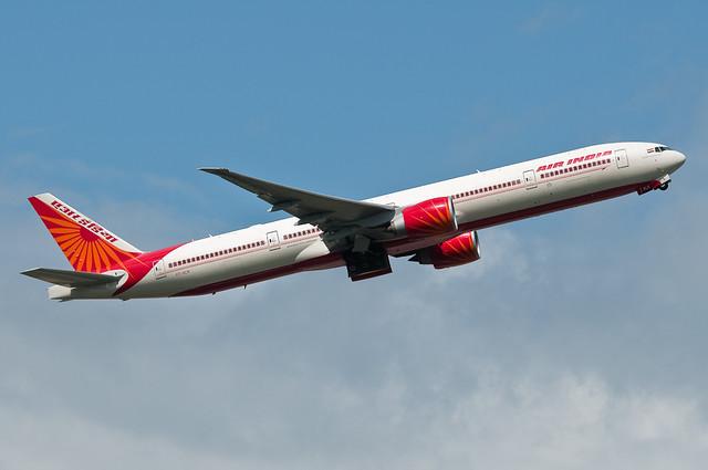 Air India B777-337ER VT-ALN