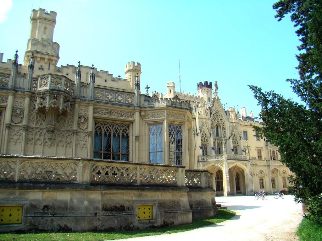 Castillo de Lednice-Chequia 09