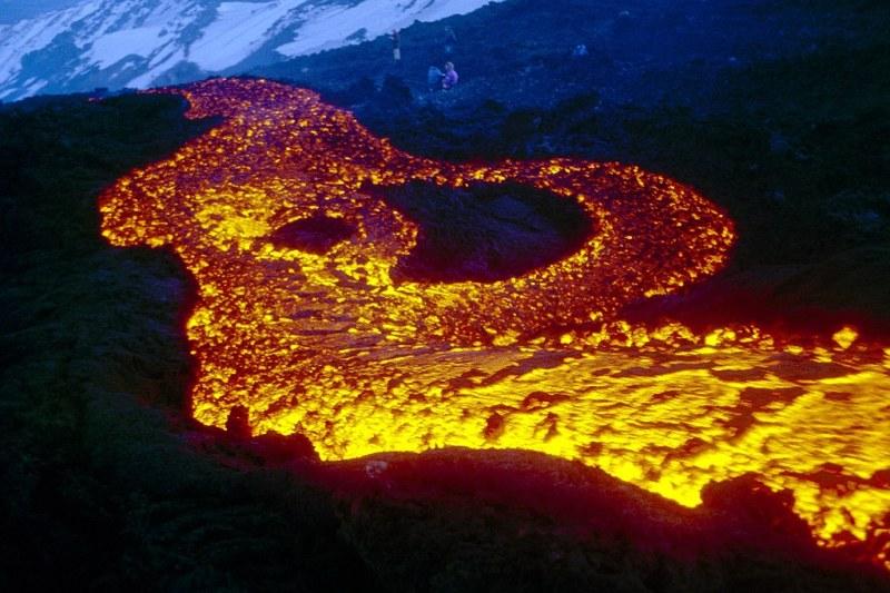 Lava flow on Etna, 11 March 1999