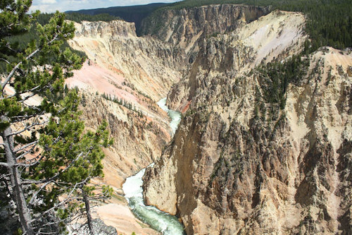 Grand Canyon of the Yellowstone River 2