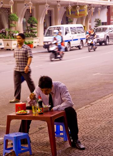Makan pagi by @UBPix