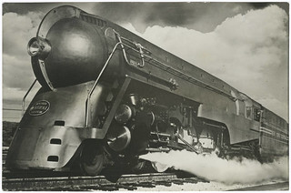 [New York Central Twentieth Century Limited steam locomotive 5453]