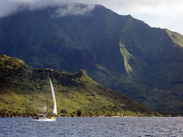 Sailing into Opunohu Bay, Moorea