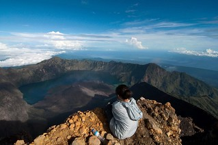 Mount Rinjani -Blog Editorial Calendar