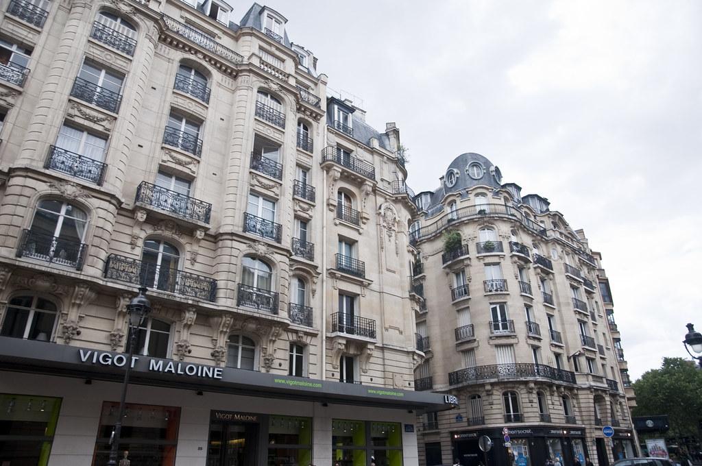 Buildings around Saint-Germain