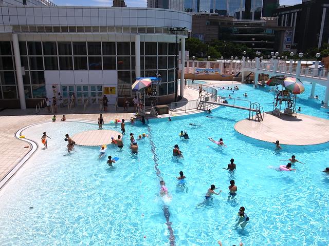 九龍公園游泳池 - a photo on Flickriver