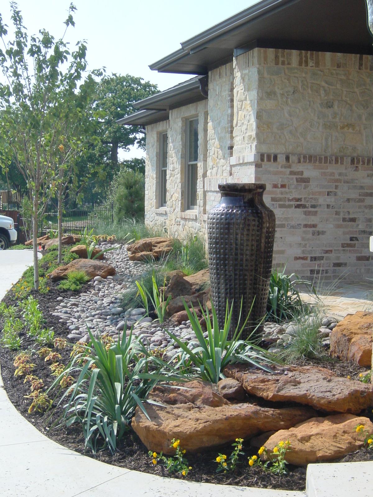 Custom Landscape Design Flowermound Texas   Small boulders ... on Landscape Design Small Area id=39601