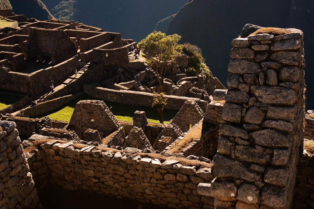 Looking into rooms of Machu Picchu 2010